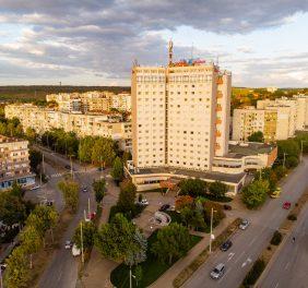 Balkan Hotel * * *