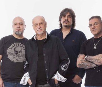 """Signal"" rock band concert"
